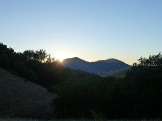 Sun sets. (many hours later I kinda fall to sleep_